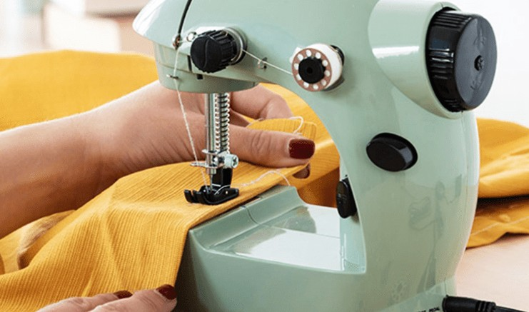 best mini sewing machine reviews