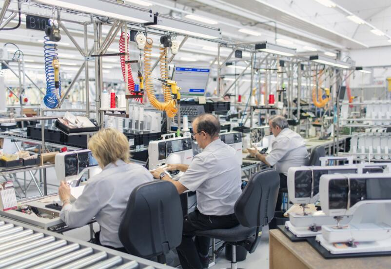 bernina sewing machines prices