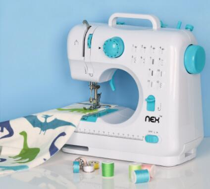 buying a sewing machine for beginners