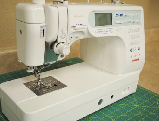 reviews of Janome memory sewing machine