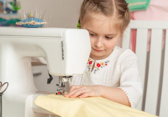 compact sewing machine for kids