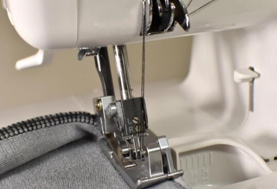serger sewing machines